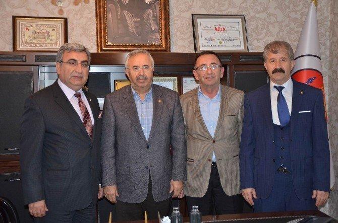 AK Parti Sivas Milletvekili Soluk, Ticaret Borsası'nı Ziyaret Etti