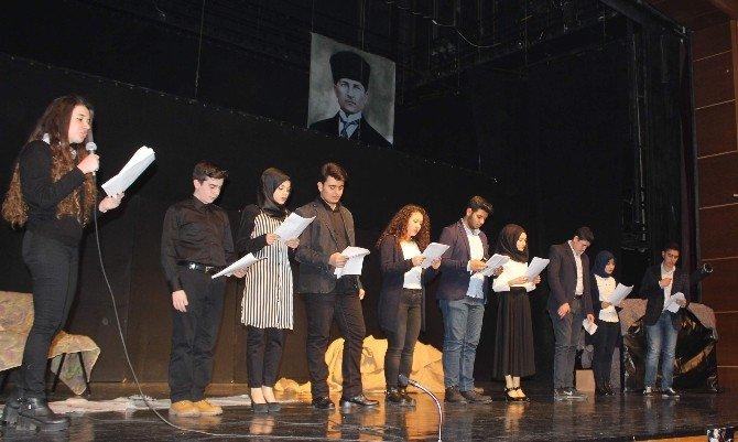 AK Gençler Aydın'da Çanakkale'yi Yaşattı