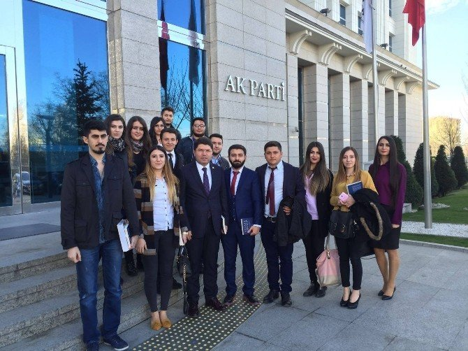 BÜ Öğrencileri Milletvekili Tunç'la Buluştu