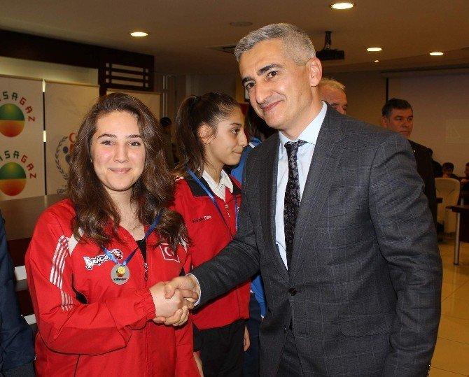 Bursagaz'dan Bursalı Şampiyonlara Ödül