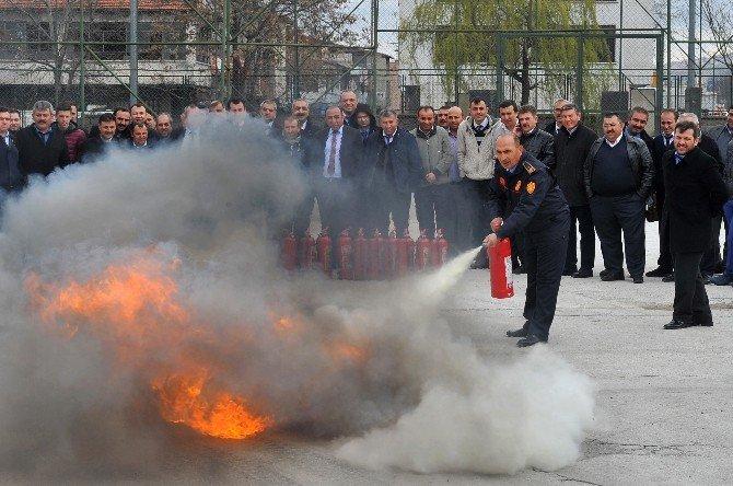 Özel Halk Otobüsü Çalışanlarına Yangın Eğitimi