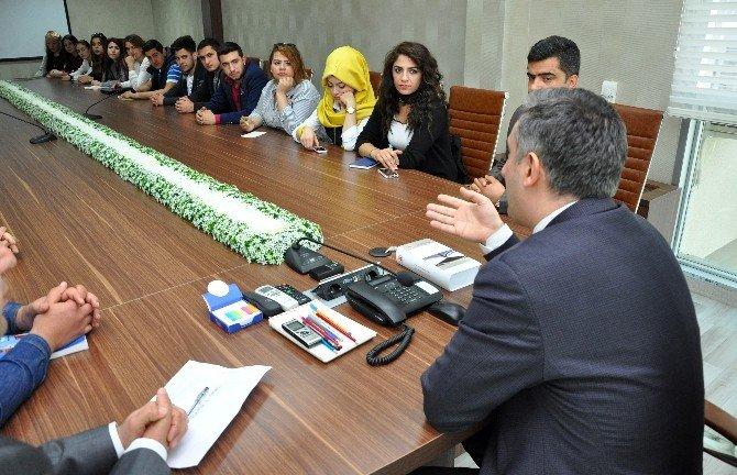 Adana Adliyesi'nde Üniversite Öğrencilerine Uyap Eğitimi