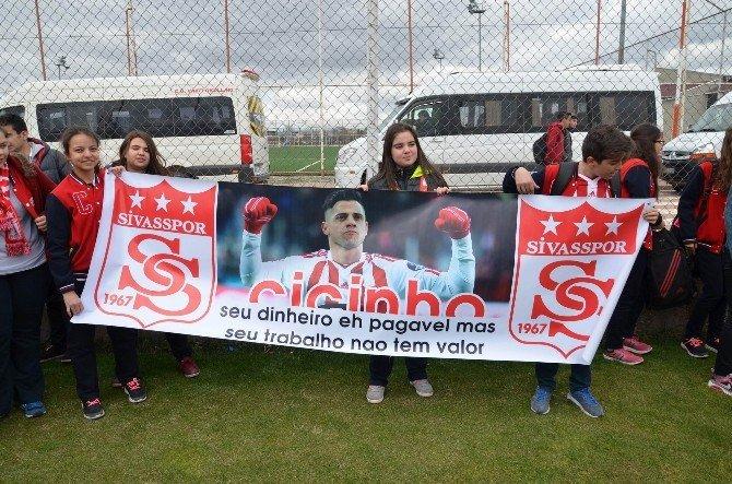 CÜ Vakfı Koleji, Medicana Sivasspor'u Ziyaret Etti