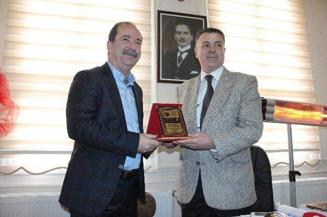 Edirne Hakkında Tweet Atan 'O Yazara' CHP'li Başkandan Cevap Gecikmedi