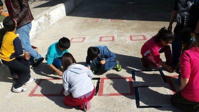 Buharkentli Öğrencilerden Örnek Etkinlik