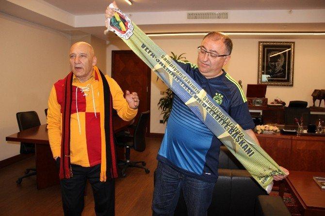 Galatasaray-fenerbahçe Derbisi Öncesi Dostluk Mesajı
