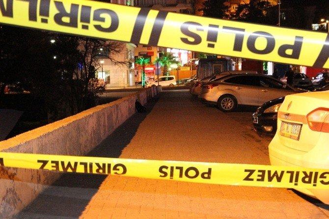 Şüpheli Çanta Polisi Alarma Geçirdi