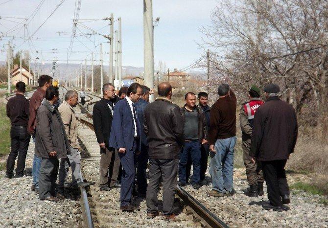 Tren Kazasında Öğrencinin Öldüğü Hemzemin Geçit Kapatılıyor