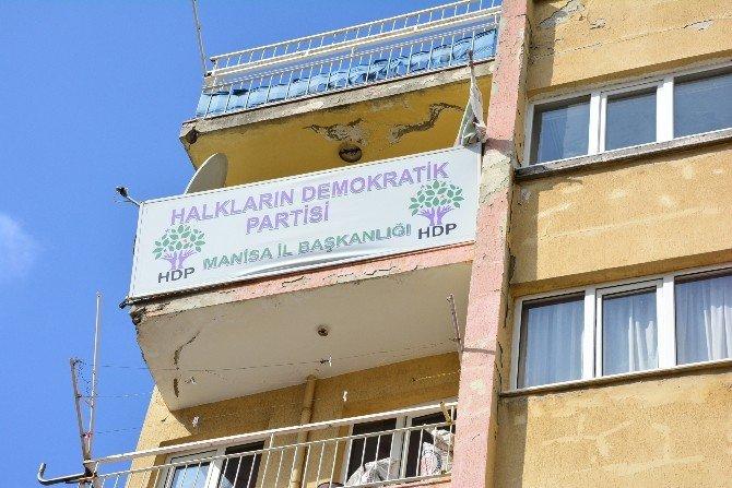 HDP Manisa Teşkilatındaki Evraklara El Konuldu