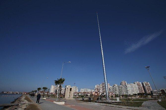 Körfez'in En Büyük Bayrağı Karşıyaka'da Dalgalanacak