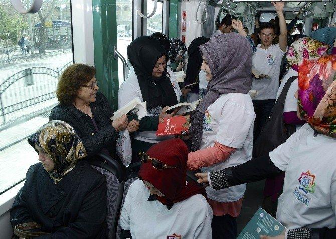 Meram Gençlik Meclisi'nden Her Yerde Kitap Projesi