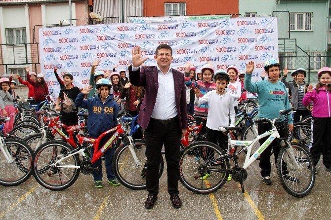 Merkezefendi'de Çocuklara 5 Bin Bisiklet Hediye