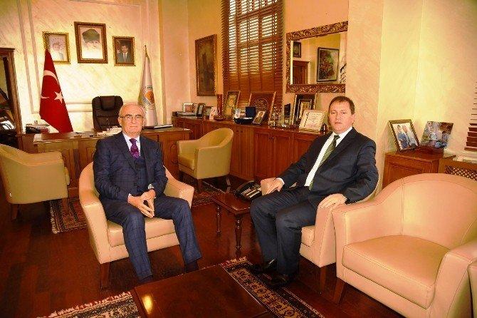İl Milli Eğitim Müdürü Girgin'den Başkan Yılmaz'a Veda Ziyareti