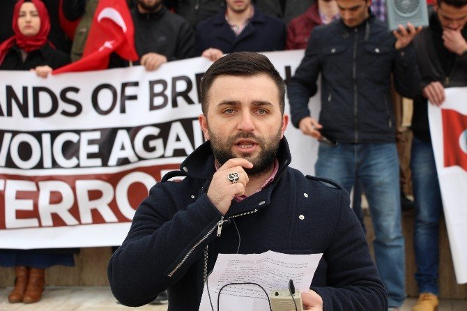 OMÜ'de Üç Dilde 'Ankara' Protestosu