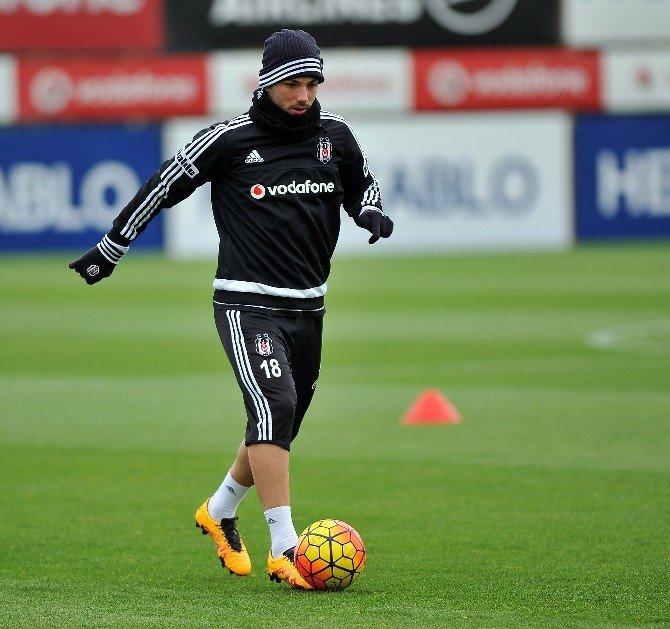 Lider Beşiktaş, Çalışmalara Ara Vermeden Başladı