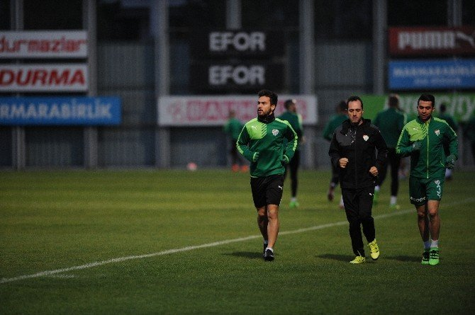 Bursaspor 7 Eksikle Çalıştı