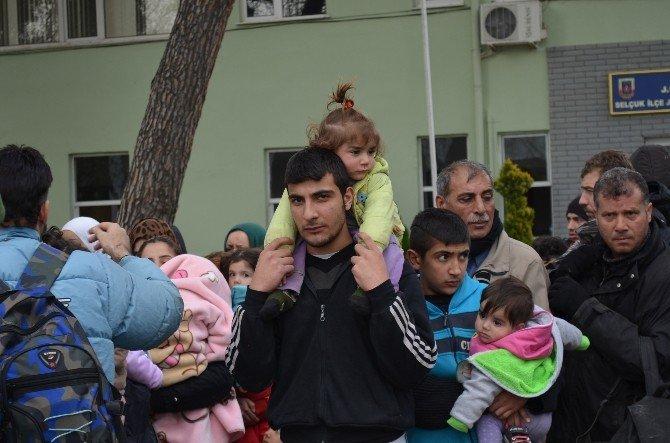 Suriyeli Sığınmacılar Kaçtıklarına Bin Pişman
