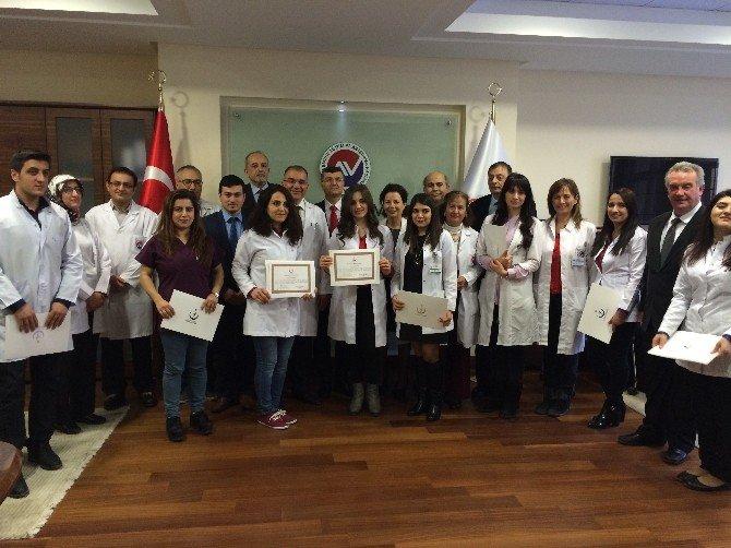 Türk Hekimleri Bilgi Ve Becerilerini Azeri Hekimlerle Paylaştı