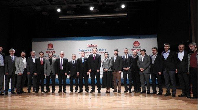 'Girişimcilik Ödülleri' Sahiplerini Buldu