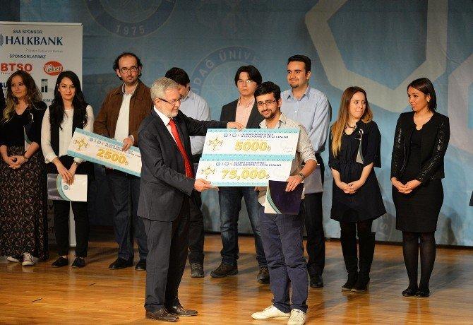 Öğrencilerin İş Projelerine Ödül