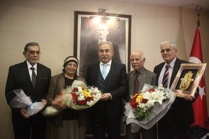 Yaşlılardan Vali Büyük'e Ziyaret