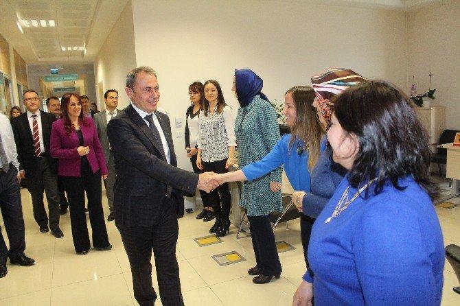 AK Parti Denizli Milletvekili Tin'den Tıp Bayramı Ziyareti