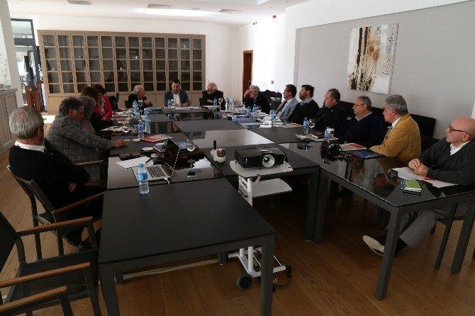 Başkan Kocadon, Bodrum'daki ODTÜ Mezunlarıyla Buluştu