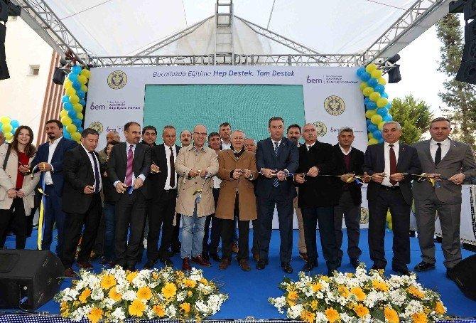 Buca'da Aziz Nesin Bilgi Ve Eğitim Merkezi Açıldı
