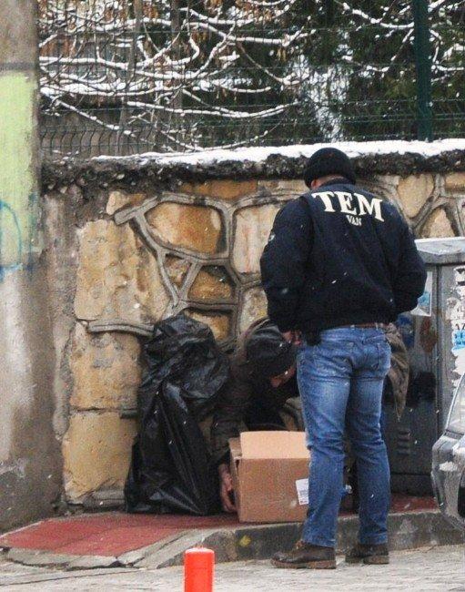 Van'da Operasyon: 19 Gözaltı