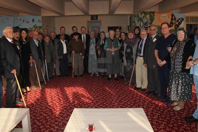 Edirne Belediye Başkanı Gürkan, Yaşlılar Haftasını Kutladı