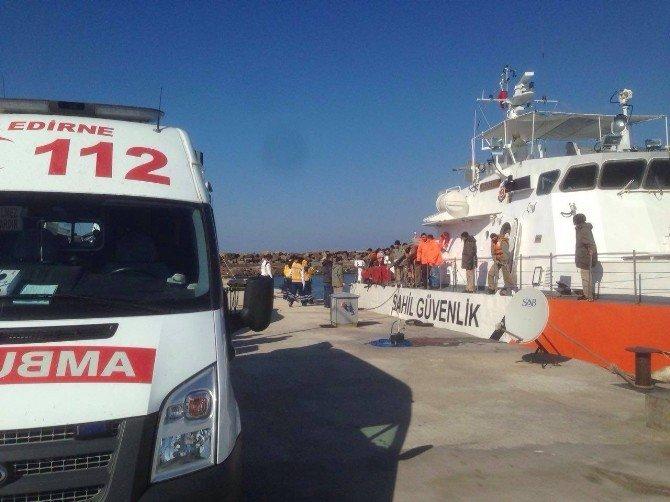Ege'de Göçmen Faciası: 40 Kişinin Bulunduğu Bot Battı