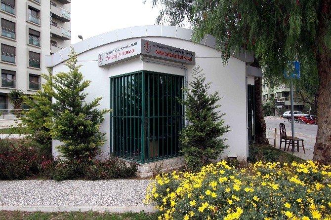 Karşıyaka'nın Engelsiz Kütüphanesi Büyüyor