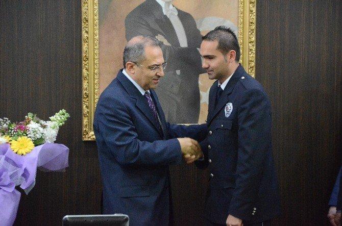 Gazi Polise Devlet Övünç Madalyası Verildi