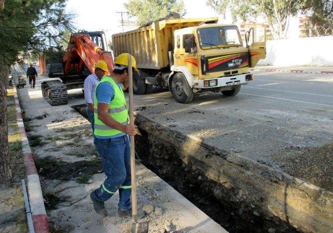 Dörtyol'da Kanalizasyon Yenileme Çalışması
