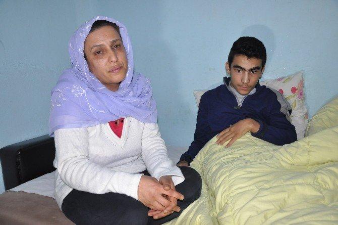 Çaresiz Anne Oğlu İçin Yardım İstiyor