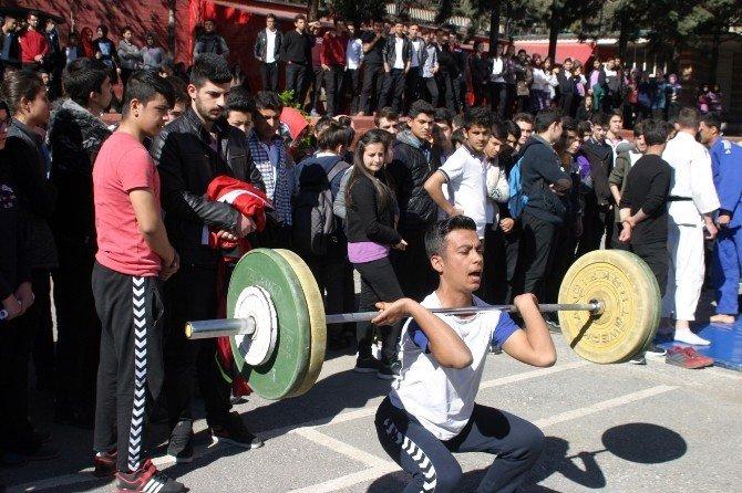 """Kahramanmaraş'ta """"Hayata Sporla Hazırlan"""" Etkinliği"""