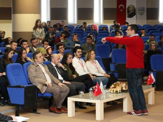"""KBÜ'de """"Geleceğini Şimdi Yönet"""" Konferansı"""