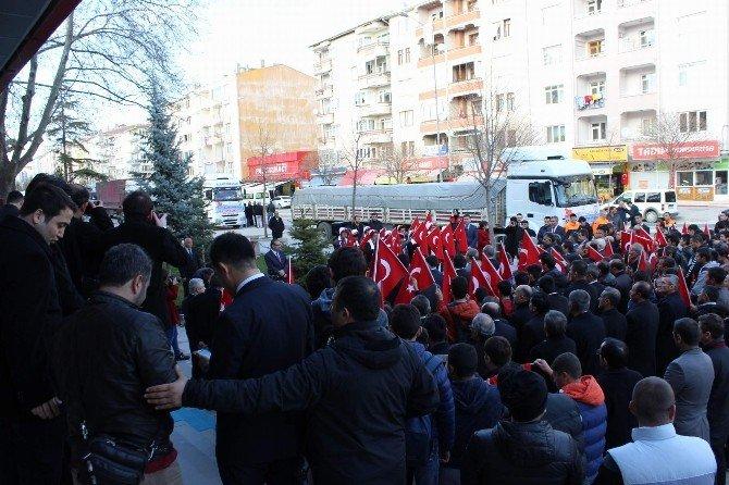 Bayır-bucak Türkmenleri İçin Kırşehir'den Son Yardım Konvoyu Yola Çıktı