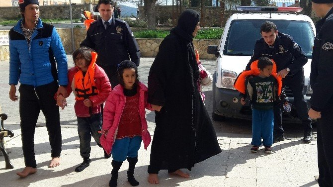 (Düzeltme) Ege'de Göçmen Faciası: 1 Çocuk Öldü