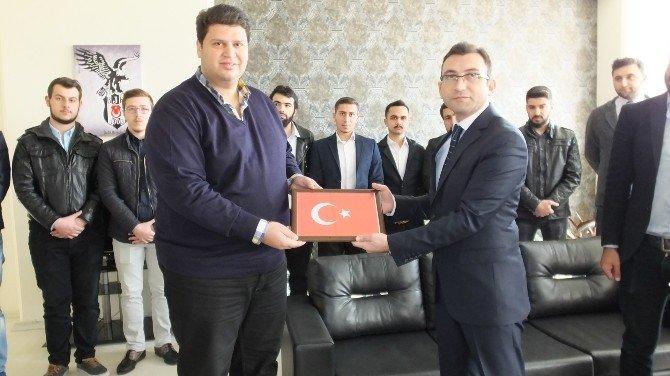 Burhaniye'de Türkçe İsim Kullanan İşyerlerine Teşekkür Belgesi