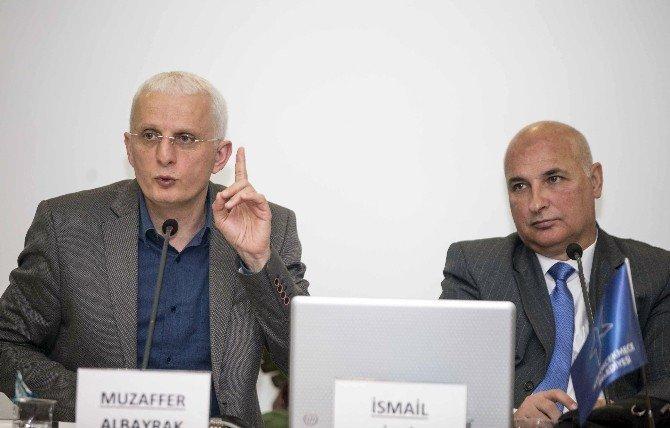 """Tarihçi - Yazar İsmail Bilgin: """"Çanakkale'de 3 Saatte 980 Bin Mermi Atıldı"""""""