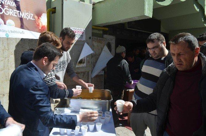 Bolu'da 5 Bin Kişilik Buğday Çorbası Ve Üzüm Hoşafı Dağıtıldı