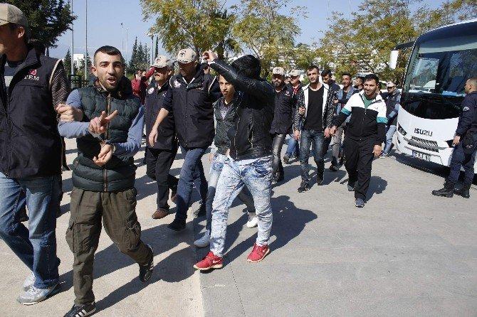 Antalya'da Terör Operasyonu Şüphelileri Adliyeye Sevk Edildi