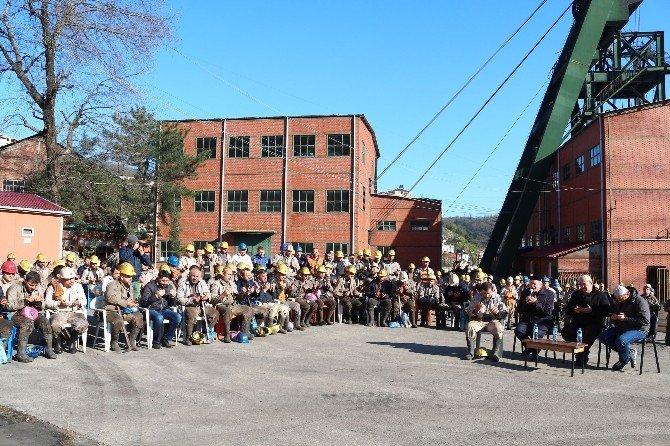 Maden İşçileri 18 Mart Çanakkale Şehitleri İçin Dua Etti