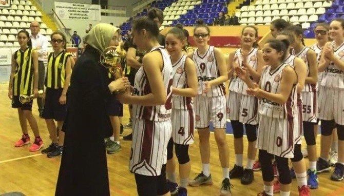Bandırma Basketbol Kulübü İl Şampiyonu