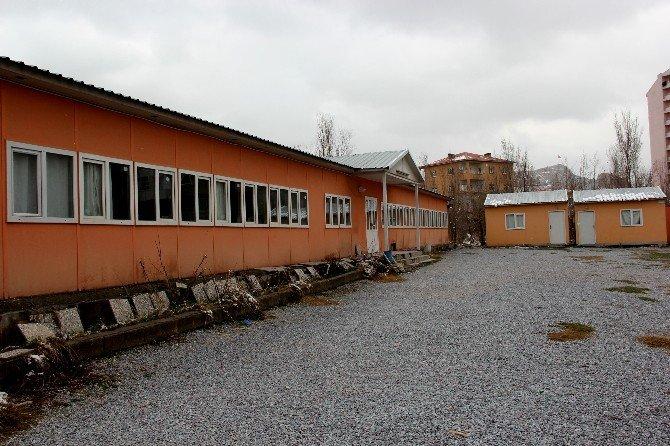 Belediyenin Eğitim Destek Evi Mühürlendi