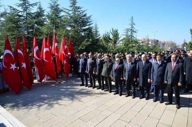 18 Mart Şehitleri Anma Günü Ve Çanakkale Zaferi İçin Kırşehir'de Tören Düzenlendi