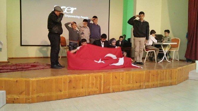 Çat'ta Çanakkale Zaferi Ve Şehitler Günü Programı Düzenlendi