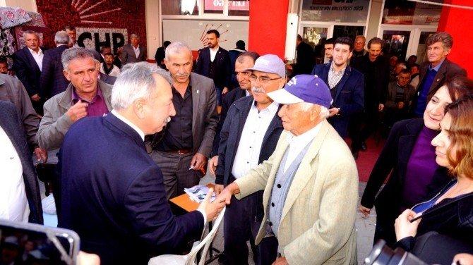 CHP'li Vekiller Sarıgöl'deydi