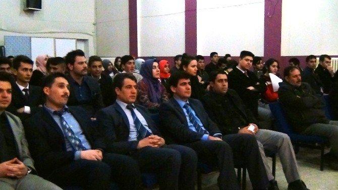 """Erciş'te """"AB'yi Öğreniyorum"""" Bilgi Yarışması"""